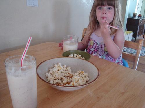 PopcornAndSmoothies